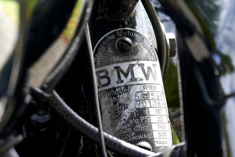 BMW R71, BMW R 71, plaquette